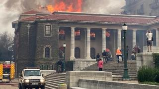 Evacuated UCT Students Will Return To Res In 48 Hours